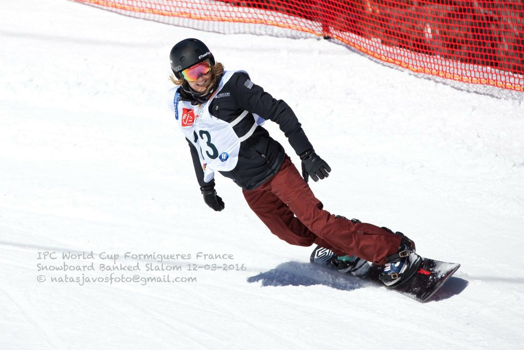 Amy Purdy competing at the 2016 IPC Snowboarding World Cup in Formigueres, France. (photo credit: Natasja Vos)